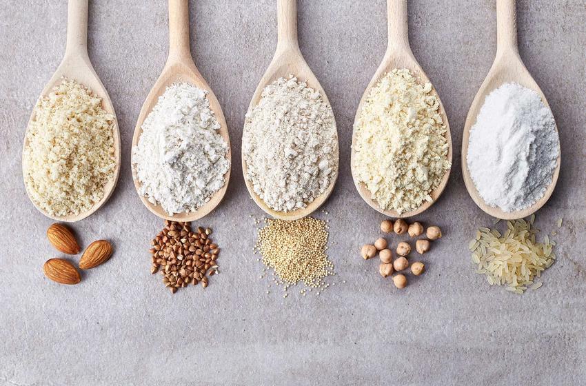 Łyżki z mąkami bez glutenu polecane w diecie w celiakii, a także opis schorzenia, produkty, jadłospis i przepisy