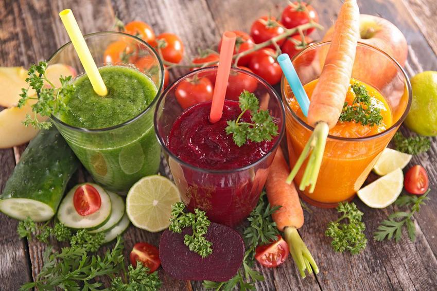 Soki przygotowane na cały dzień z warzyw i owoców, a także dieta sokowa, skuteczność, działanie, najważniejsze informacje i oczyszczanie
