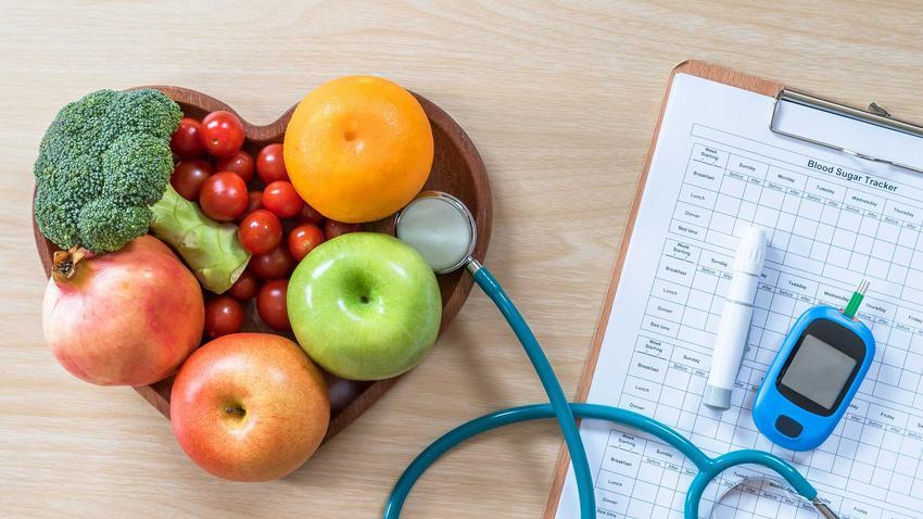 Warzywa i owoce, podstawa na diecie cukrzycowej, a także zasady, produkty oraz przepisy na dietę cukrzycową
