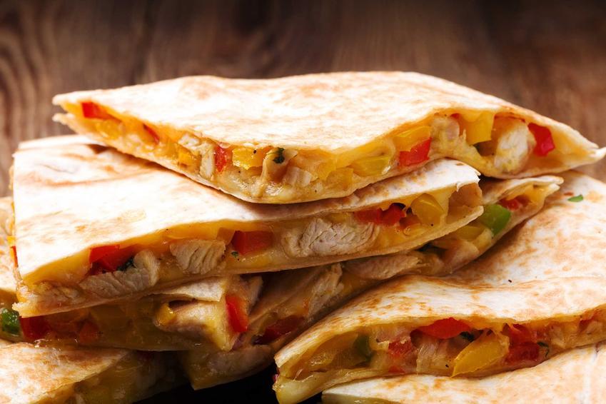 Quesadilla z indykiem z grilla, a także 4 pomysły na dania na grilla, czyli co na grilla, najlepsze przepisy na grilla
