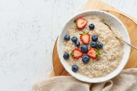 Dieta owsiankowa - opis, skuteczność, przepisy, porady