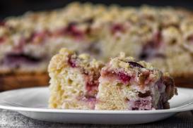 Ciasto z rabarbarem i budyniem – 5 najsmaczniejszych przepisów