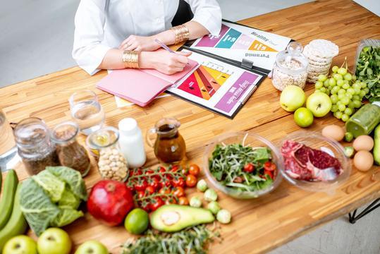 Dieta niskosodowa - opis, zasady, menu, porady dietetyka