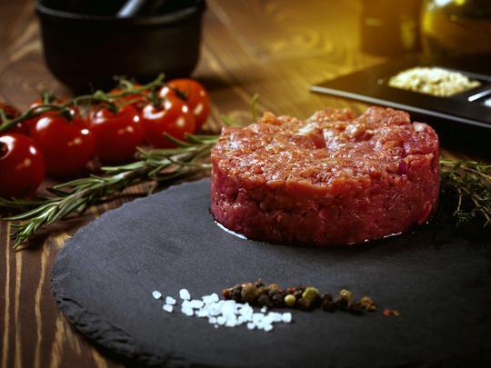 Tatar – opis, wybór mięsa, przepisy, przygotowanie, porady