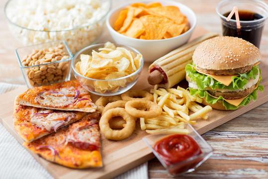 Przepisy na dania typu fastfood - zobacz, jak je przygotować