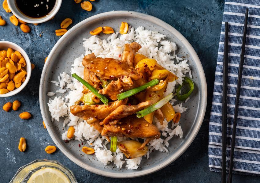 kurczak po chińsku z ryżem