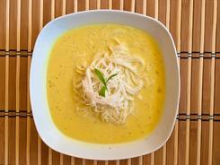 Zupa rybna z dorsza w stylu tajskim z curry