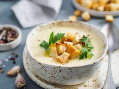 Zupa z białych warzyw