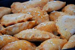 Pieczone pierogi z łososiem
