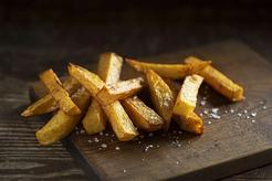 Frytki z młodych ziemniaków