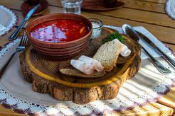 Prawdziwy barszcz ukraiński z białą fasolą