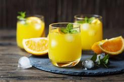 Drink z sokiem pomarańczowym
