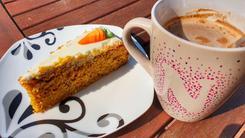 Ciasto marchewkowe z białą czekoladą